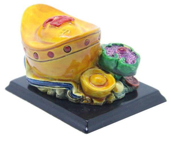 Ingot and Ru Yi Hui Ding protection amulet